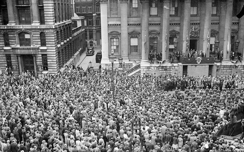 Londres. Mayo 8, 1945.